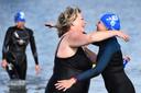 Ook woordvoerster Saskia Steenbergen van het Slingeland Ziekenhuis in Doetinchem en het Winterswijkse streekziekenhuis Koningin Beatrix doet mee aan Swim to Fight Cancer.