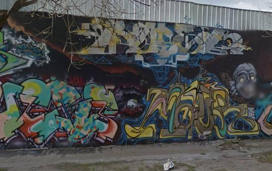 Straatkunst op een bedrijfspand in Buenos Aires.