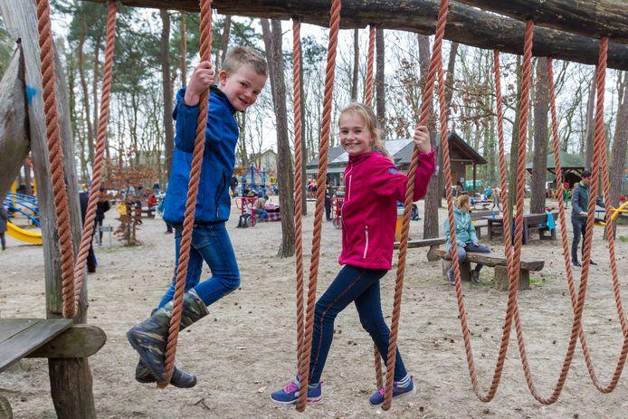 Er kan weer naar hartenlust geklommen en gegleden worden in de Klimbim in Aalst. Sinds dit weekend is de speeltuin weer open.