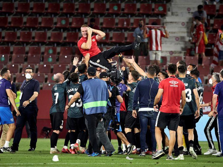 Deze prachtgoal brengt Rayo Vallecano terug naar La Liga