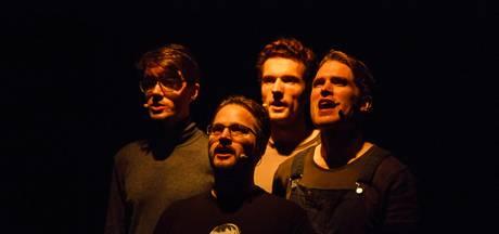 Gelaat Van Doorne lacht theaterbezoekers in Deurne weer toe