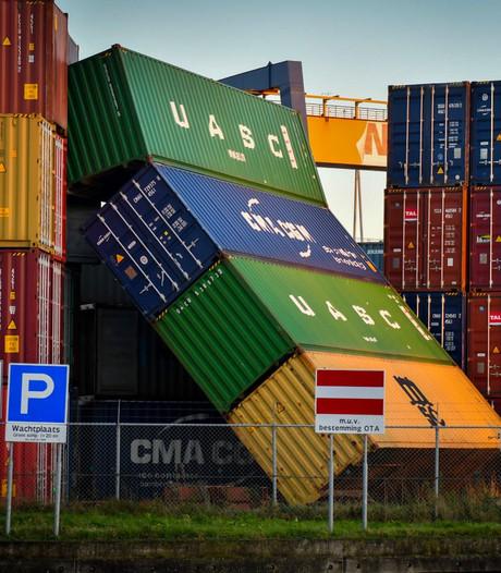 Aangescherpt 'stormprotocol' na omgewaaide containers