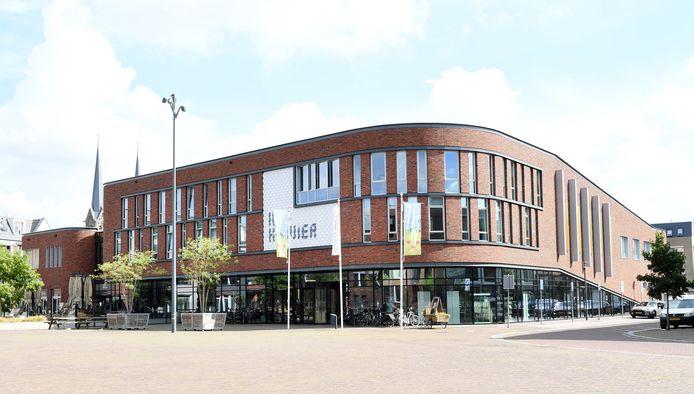 Het gemeentehuis van Loon op Zand in Kaatsheuvel.