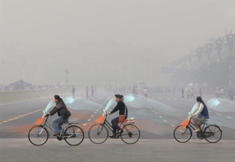 Smog Free Bicycles zijn de eerste fietsen waarmee je straks al trappend de lucht zuivert.  Beeld Studio Roosegaarde
