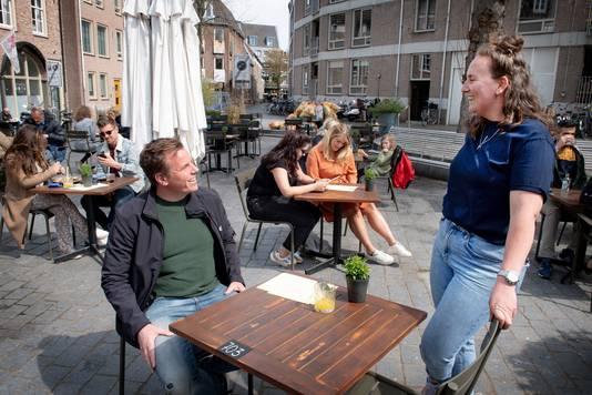 Jeroen Diks (Sit & Heat) en Pien Knipping van Nibbles.