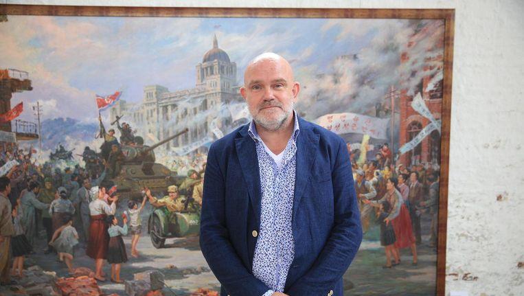 Ronald de Groen, verzamelaar van Noord-Koreaanse kunst. Beeld Arie Kievit