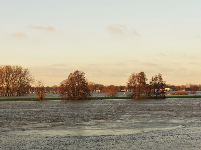 Roermond, Netherlands, flooding, view to the laks and the river maas Beeld Getty Images/iStockphoto