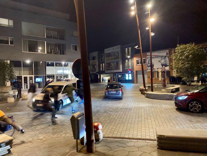 La voiture a tenté de prendre la fuite mais ses occupants ont pu être neutralisés par la police