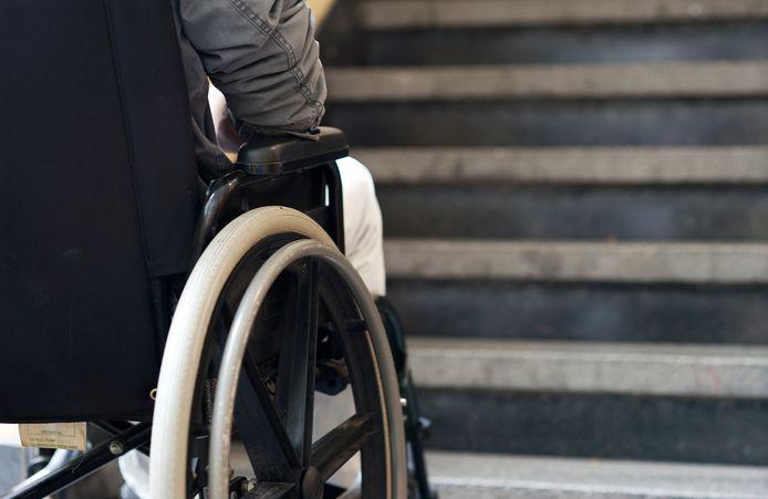 Nederland doet te weinig om mensen met een beperking volledig te laten deelnemen aan de samenleving.
