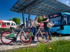 Onbeperkt een of twee dagen met bus, trein en e-bike door de Achterhoek: dat kan vanaf nu met 'Gaon'