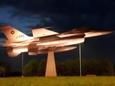 F-16 op rotonde Volkel nu nog mooier in het licht