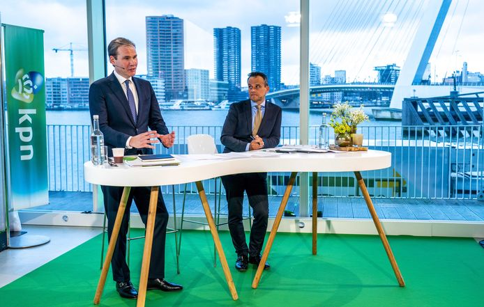 Nieuwe KPN-topman Joost Farwerck met rechts chief financial officier Jan Kees de Jager