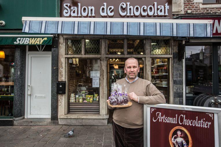 Eray Ciftci op de plaats waar hij zijn cuberdons met rundergelatine zal verkopen.