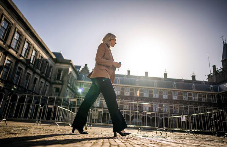 Sigrid Kaag (D66) na haar gesprek met informateur Herman Tjeenk Willink.  Beeld Freek van den Bergh/ de Volkskrant