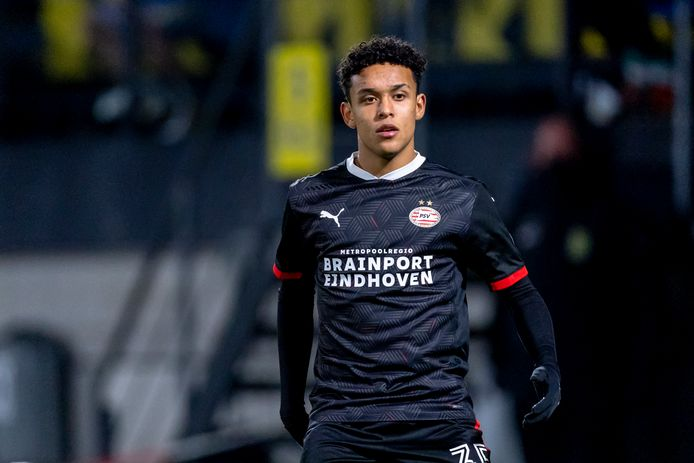 Fredrik Oppegard eerder dit seizoen bij PSV 1.