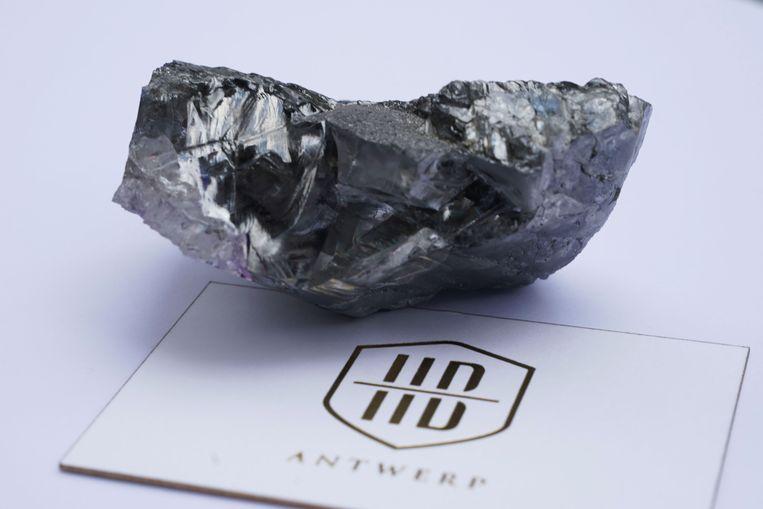 De ruwe diamant van 1175 karaat, die in New York is gepresenteerd. Beeld Reuters