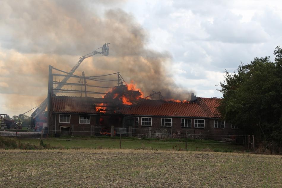 De brand ontstond door een slijptol.