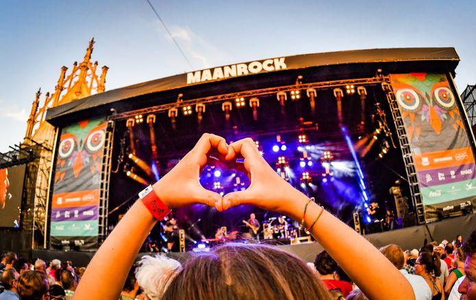 Maanrock 2019 tijdens het optreden van Blof.