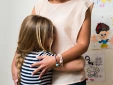 Vrouw maakt zich na scheiding vooral druk om huisvesting, minder om de kinderen