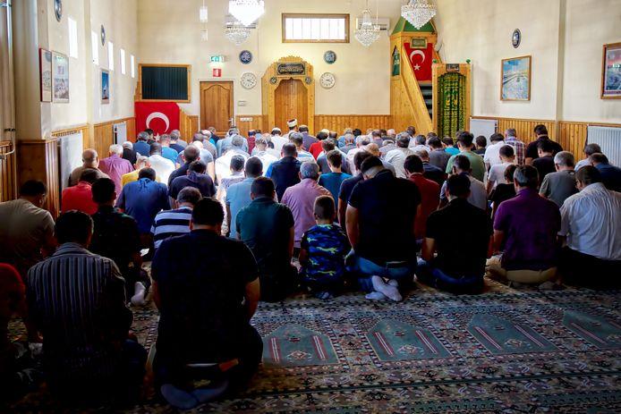 De moskee zit nu nog aan de Klappeijstraat.  Foto Johan Wouters / Pix4Profs
