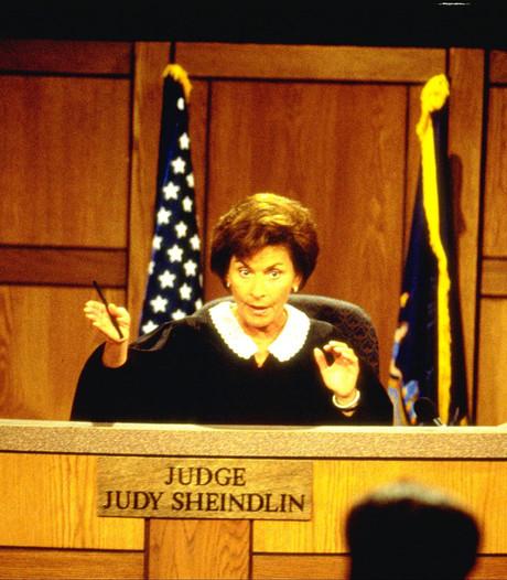 Tv-rechter Judge Judy nu zelf voor rechter gesleept