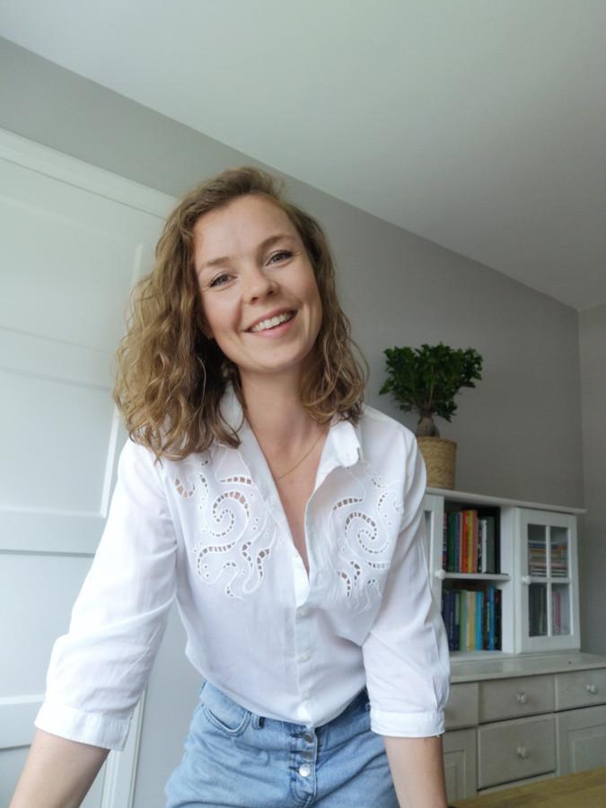 Anna Staats (29) helpt vanuit eigen ervaring werkzoekenden met het vinden van een nieuwe baan.