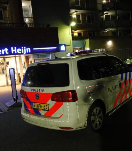 Gewapende overval op Albert Heijn aan Leenderweg, vier verdachten aangehouden na zoekactie in wijk