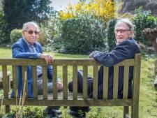 Vermoord in de tuin van de synagoge: Enschedese buurjongens zien elkaar na zeventig jaar terug