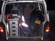 Politie uitgedaagd door scooterrijder met kenteken 'Pak me dan'