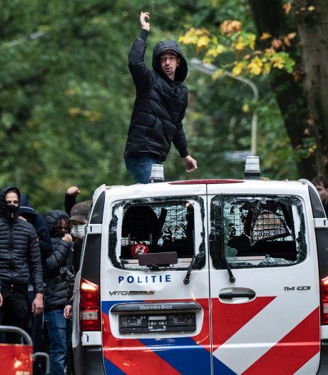 Politiebaas razend over rellen bij De Goffert: 'Meerdere collega's en paarden zijn gewond geraakt'