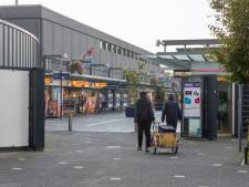 Lezersbrieven | Graag ook groen in Winkelcentrum Woensel | Hele dorp 'ondersteboven' van schoolsluiting