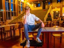 Filosofie is niet alleen voor grijze mannen, dat bewijst Robin (16) wel: 'Ik vergelijk de mens en de natuur met een potje voetbal'
