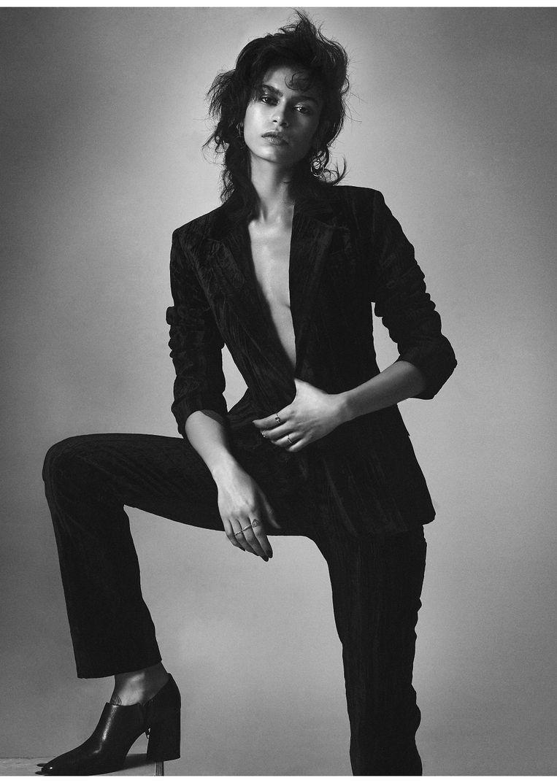Model Yana Bovenistier.  Beeld rv