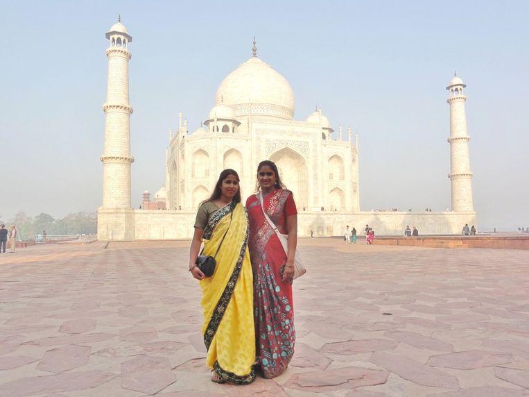 Jaika en Mansi Koot februari 2013 Taj Mahal Beeld null