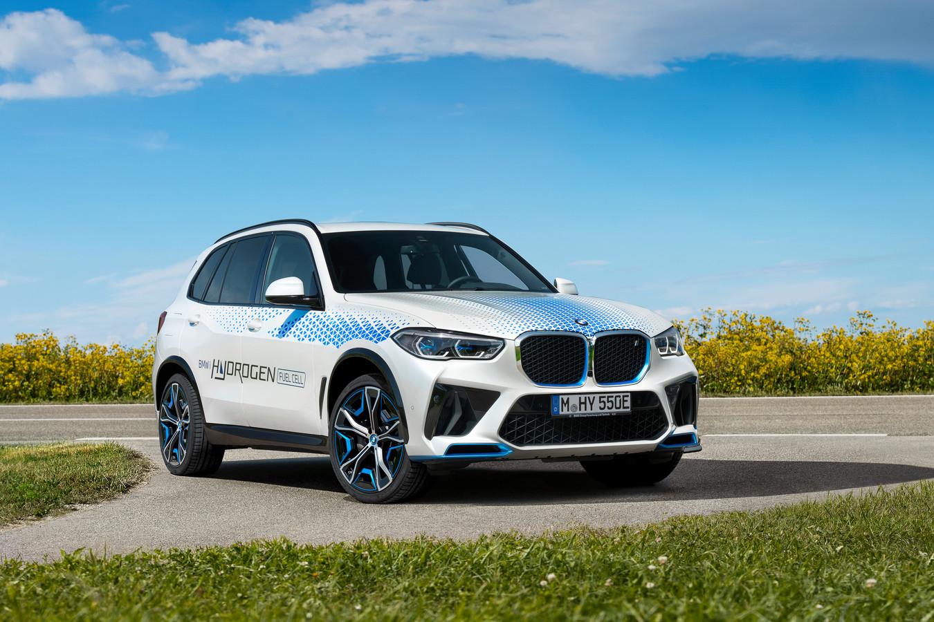 BMW iX5