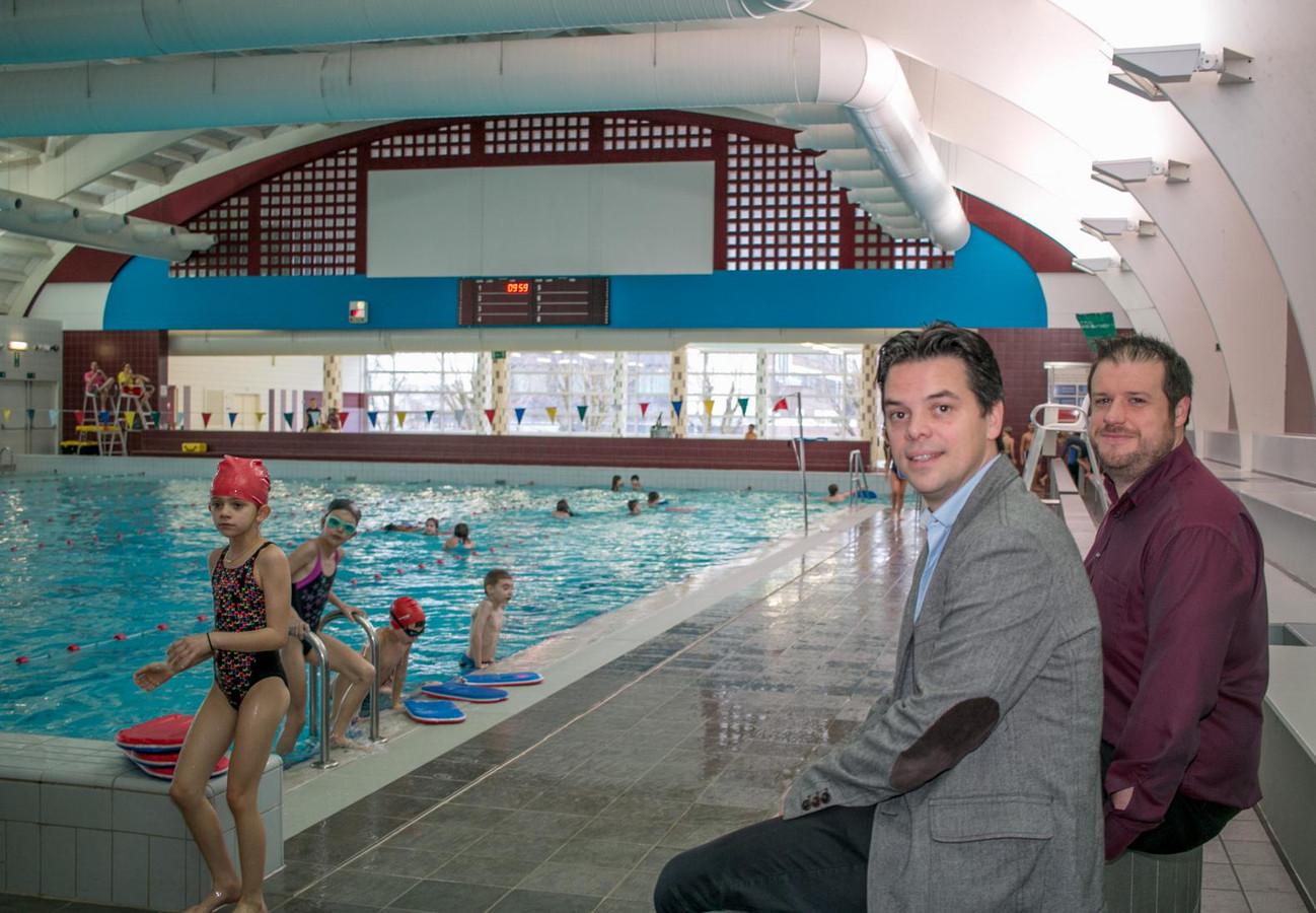 Voor het stedelijk zwembad Sinbad aan de Parklaan is er geen toekomst meer.