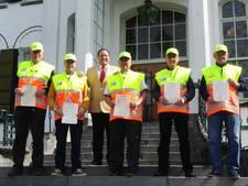 Vughtse buurtpreventie nu ook gediplomeerd verkeersregelaar