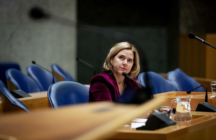 Minister van Infrastructuur en Waterstaat Cora van Nieuwenhuizen (VVD).