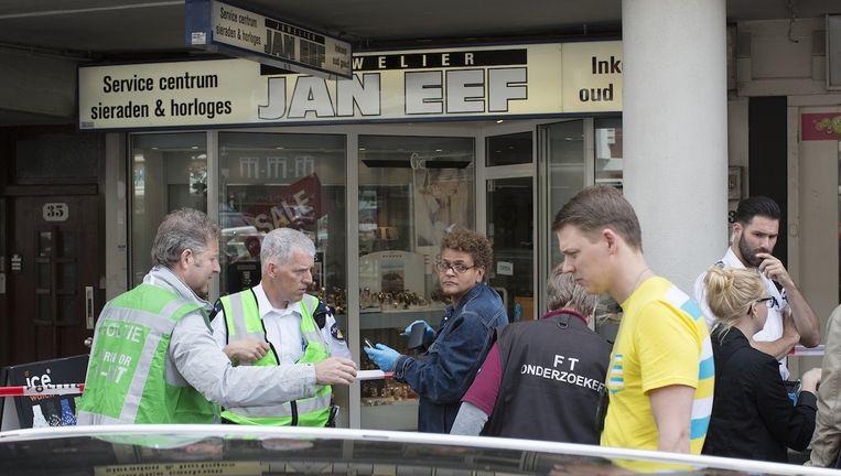 Juwelierszaak Jan Eef werd in juni van dit jaar overvallen. In hetzelfde pand werd in 2010 juwelier Fred Hund doodgeschoten. Beeld Elmer van de Marel