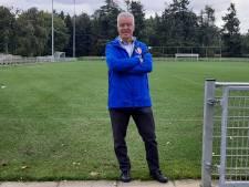 Voormalig PSV-trainer Sef Vergoossen als leercoach even terug in Eindhoven: 'De opleiding voor trainers is totaal veranderd'