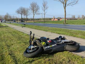 Motorrijder en passagier zwaargewond na ongeval in Voormezele