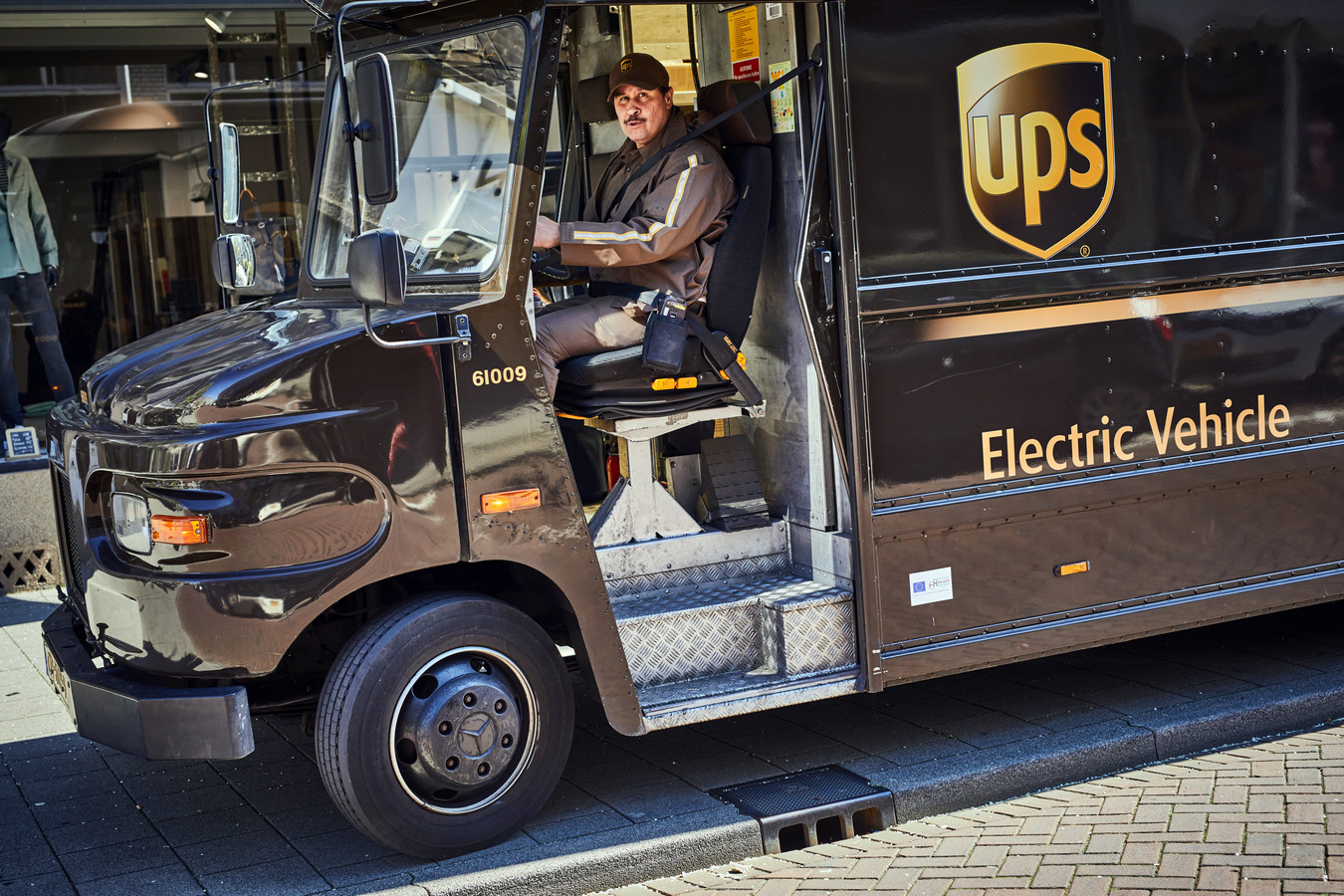 UPS-bezorger in Rotterdam