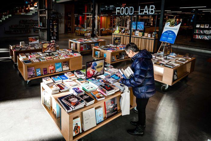 Ook bibliotheek LocHal opent weer de deuren.