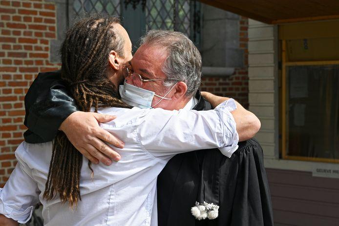 Willem Engel met zijn advocaat Michael Verstraeten.
