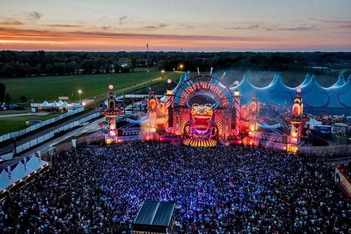Intents in betere tijden. Voor het tweede jaar op rij kan het hardstyle dancefestival door corona niet doorgaan.