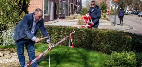 Inwoners Waalwijk moeten na jarenlang verzet 'ingepikte' voortuintjes afstaan aan gemeente