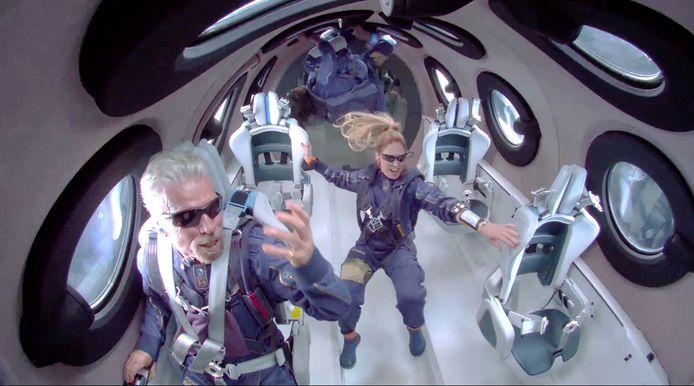 Branson in de ruimte.