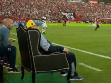 Un trône et un accueil incroyable: la sacrée soirée de Maradona à Rosario
