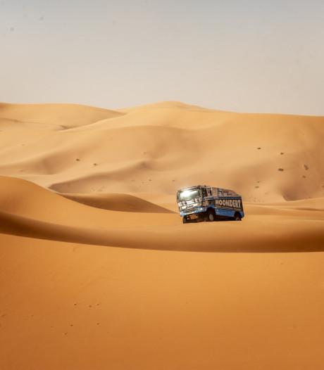 Truck Hoondert botst bij Marokkaanse rally op buggy