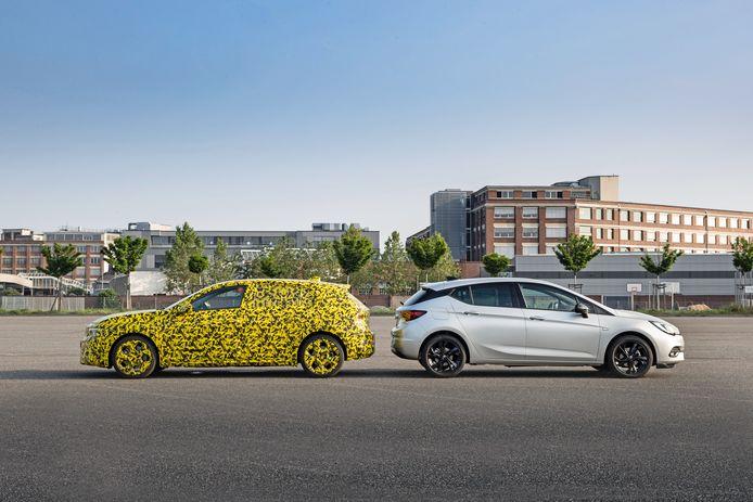 Familieportret: de volgende generatie Opel Astra naast het huidige model.